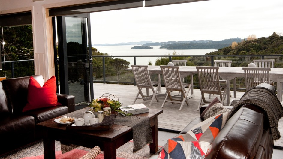 Neuseeland Sanctuary Bay of Islands Lodge Wohnbereich mit Aussicht