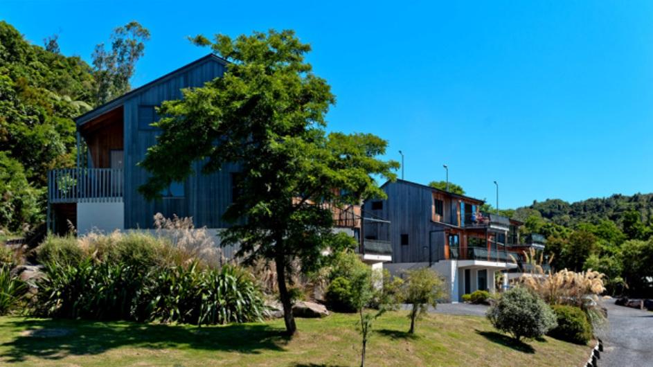 Neuseeland Turangi Oreti Village Apartments Außenansicht