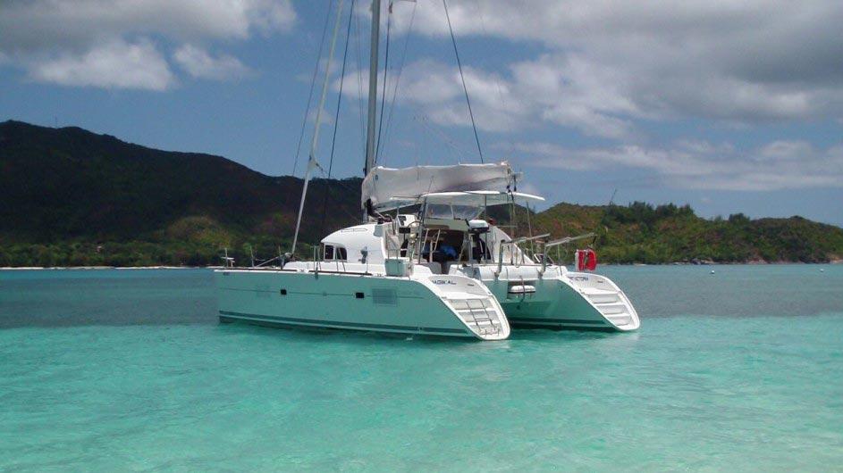 Seychellen Bat o Bleu Segelkatamaran Lagoon 380