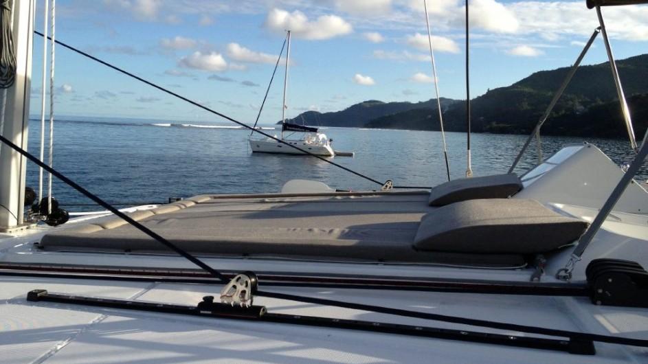 Seychellen - Bat o bleu - Segelkatamaran Lagoon 450 - Liegefläche
