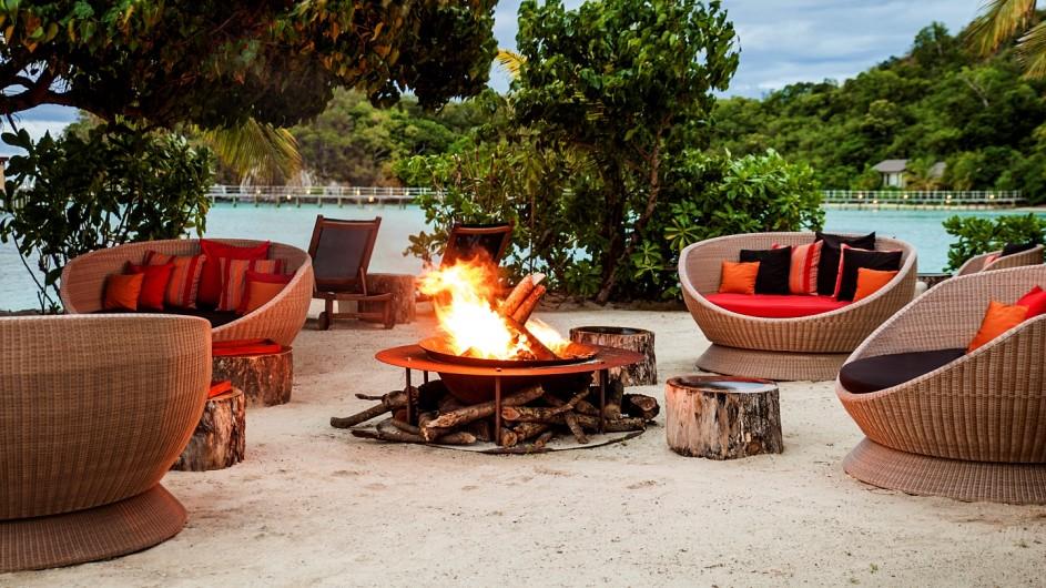Fiji Inseln Likuliku Lagoon Resort Lagerfeuer