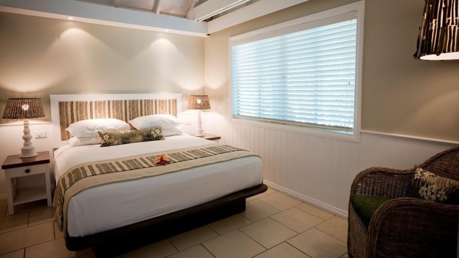 Fiji Malolo Island Resort Deluxe Meerblick Bungalow Schlafzimmer