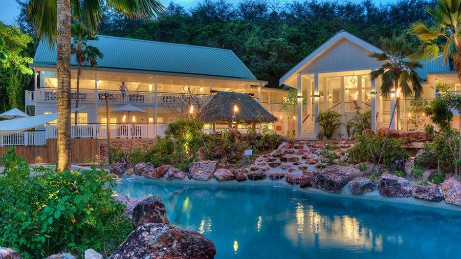 Fiji Malolo Island Resort Restaurant und Pool