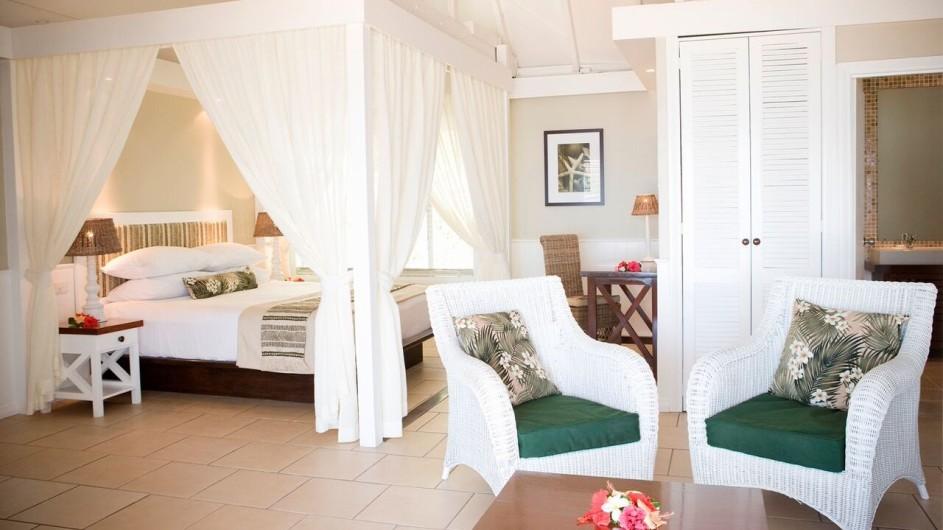 Fiji Malolo Island Resort Tandra Strandbungalow Schlafzimmer