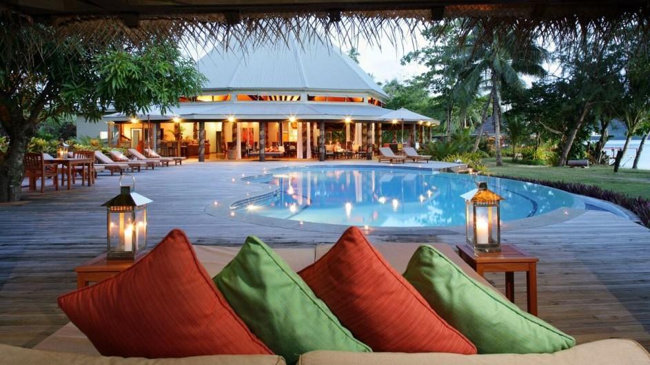 Fiji Inseln Taveuni Matangi Island Resort Pool und Restaurant
