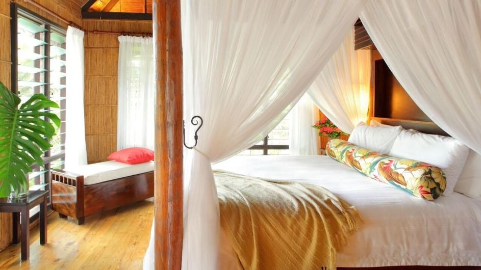 Fiji Inseln Taveuni Matangi Island Resort Baumhaus Schlafzimmer