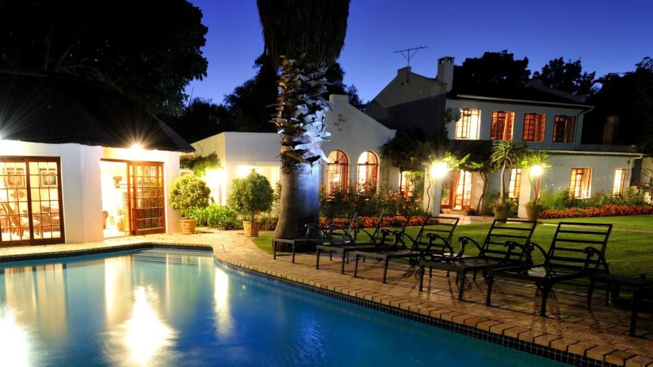 Südafrika Addo Nationalpark Woodall Country House Pool