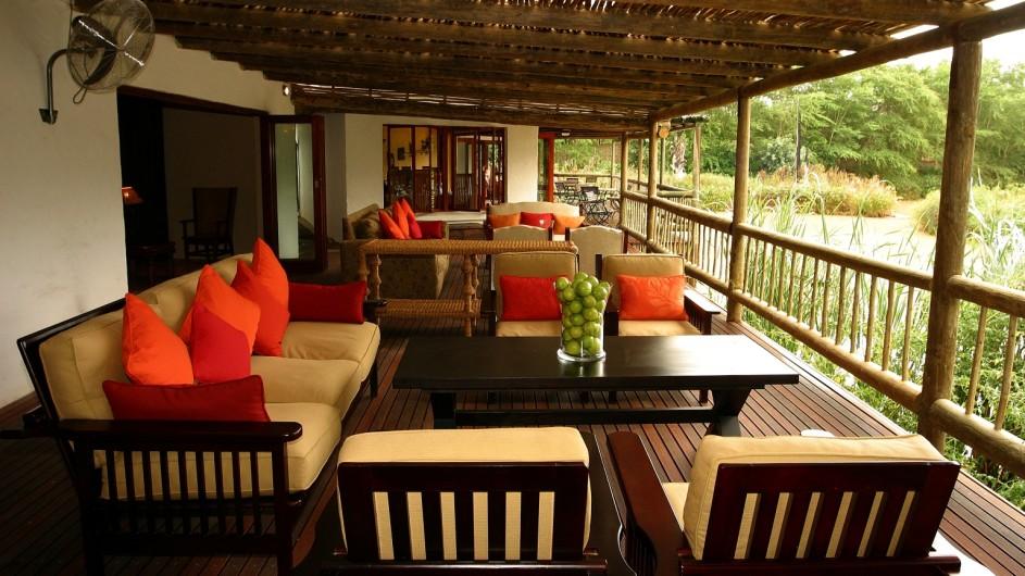 Südafrika Addo Nationalpark Woodall Country House Terrasse