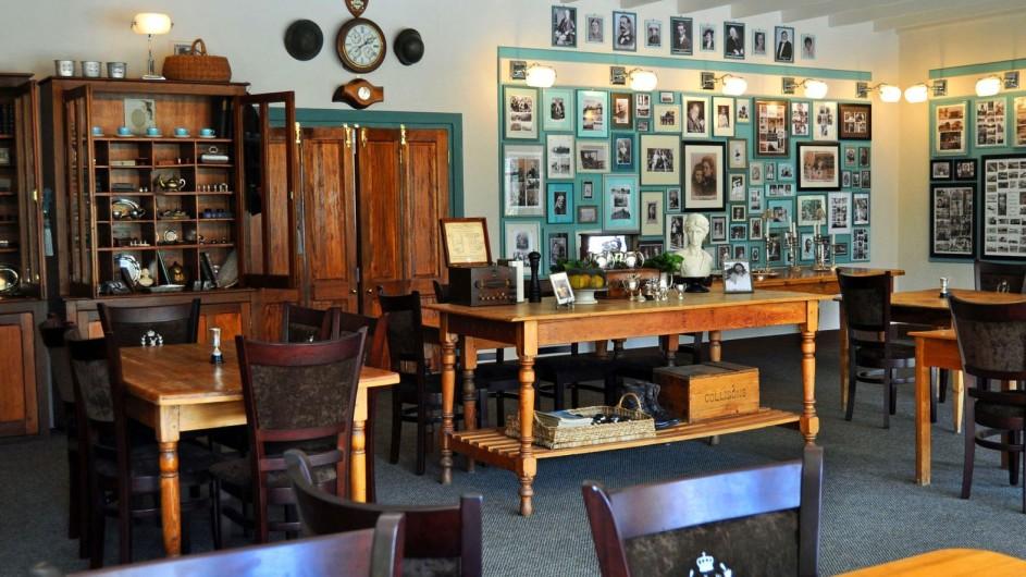 Südafrika Drakensberge Cleopatra Mountain Farmhaus Pioneer Lounge