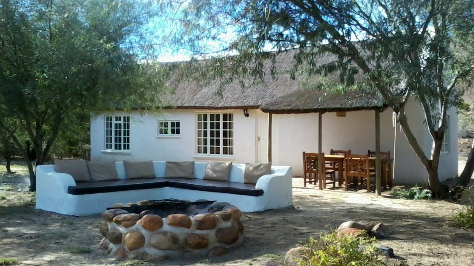 Südafrika Cederberge Enjo Nature Farm Chalet außen