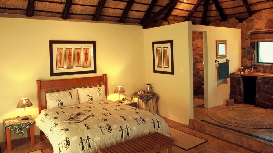 Südafrika Ohrigstad Iketla Lodge Chalet innen