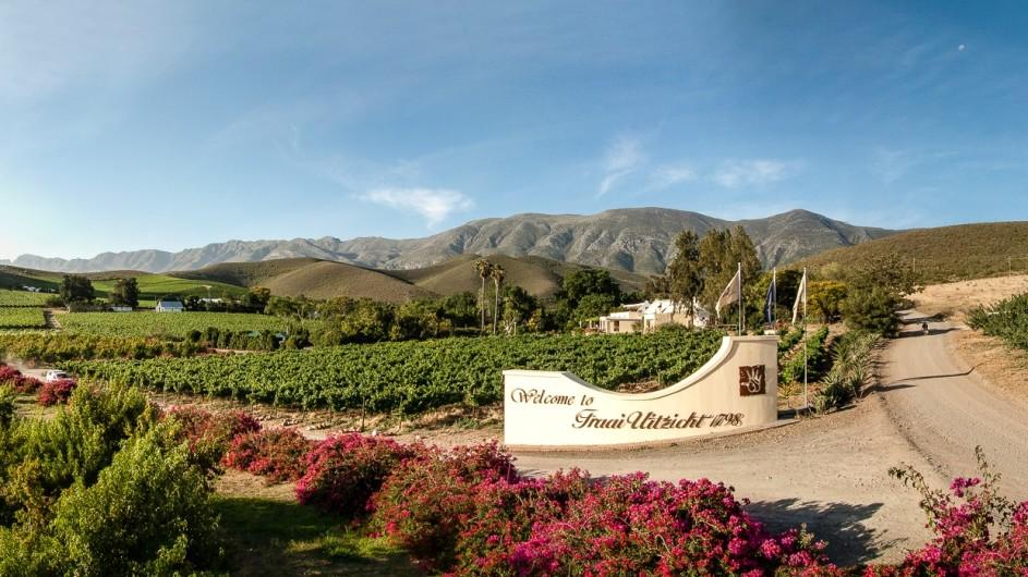 Südafrika Weinland Fraai Uiticht Gästefarm Eingang