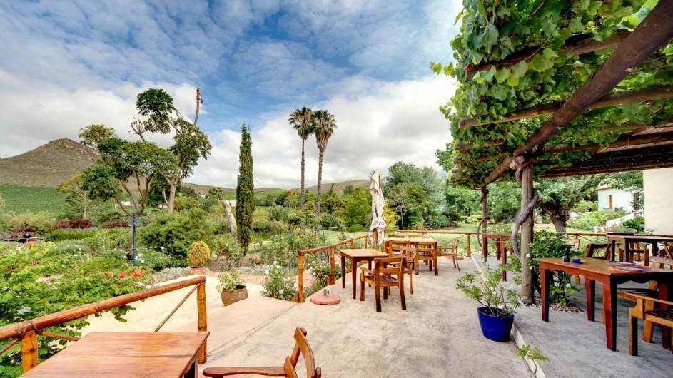 Südafrika Weinland Fraai Uiticht Gästefarm Restaurant Terrasse