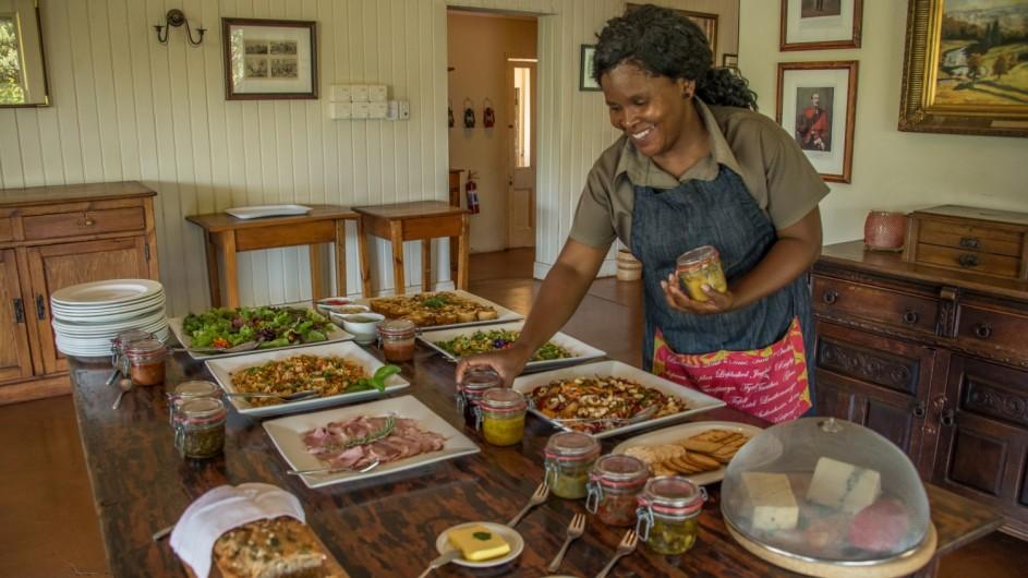 Südafrika Drakensberge Three Tree Hill Lodge Frühstück