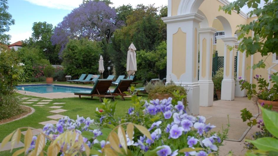 Südafrika Weinland Stellenbosch River Manor Boutique Hotel Garten