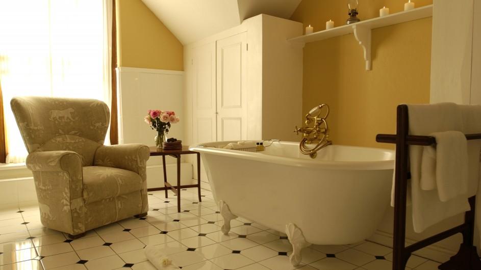 Südafrika Weinland Stellenbosch River Manor Boutique Hotel Superior Zimmer Bad