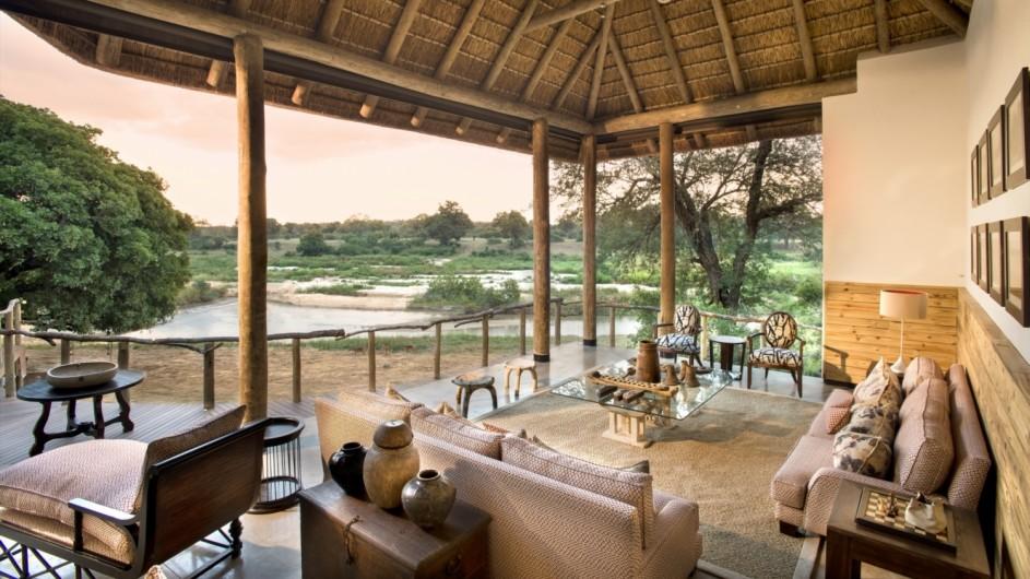 Südafrika Sabi Sand Game Reserve Exeter River Lodge Lounge