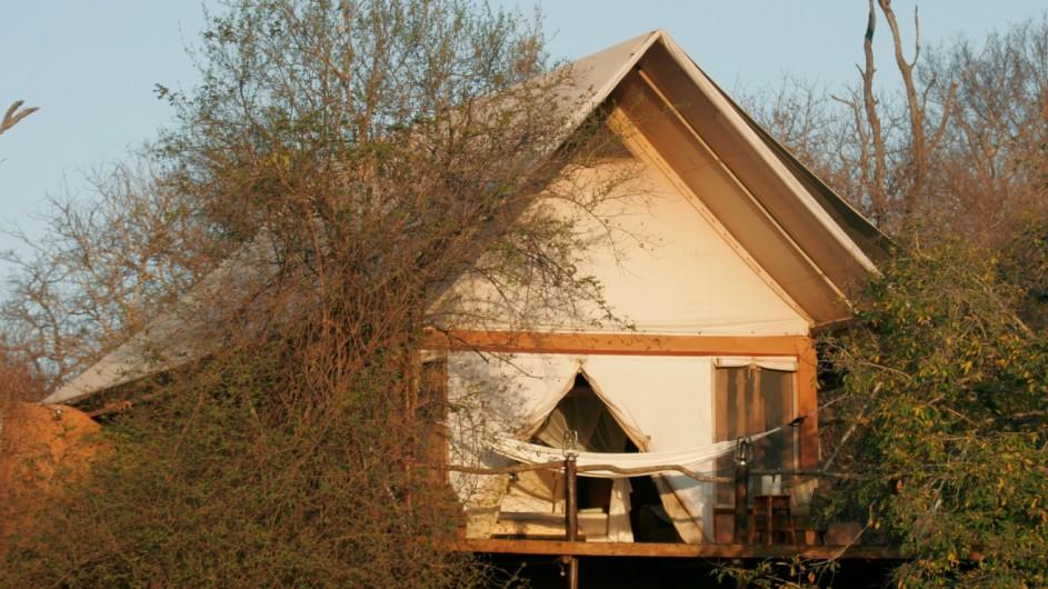 Südafrika Makalali Game Reserve Garonga Safari Camp Zelt Außenansicht