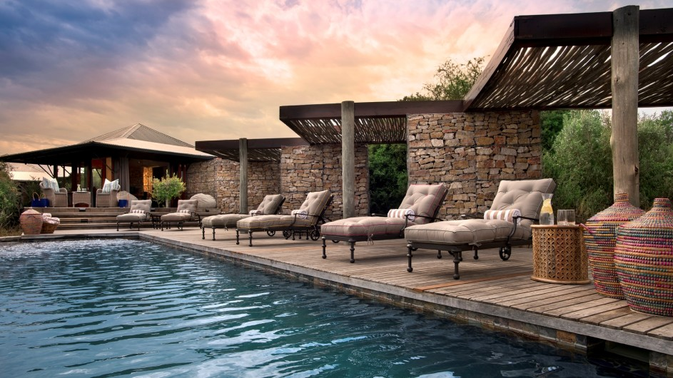 Südafrika Kwandwe Private Game Reserve Kwandwe Ecca Lodge Pool