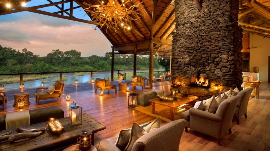 Südafrika Sabi Sand Game Reserve Lion Sands Narina Lodge Lounge
