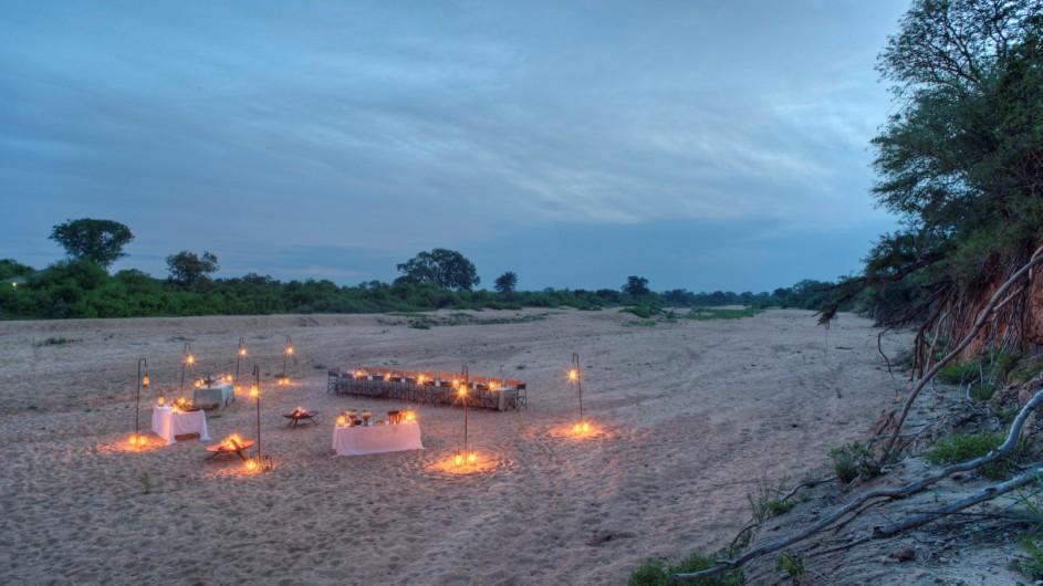 Südafrika Krüger Nationalpark Ngala Tented Camp Dinner