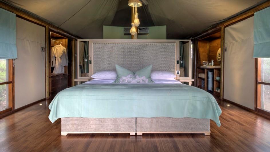 Südafrika Krüger Nationalpark Ngala Tented Camp Zelt innen Bett