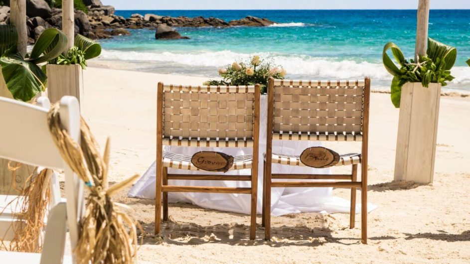 Seychellen - Mahe - Hochzeit am Strand - Carana Beach Hotel