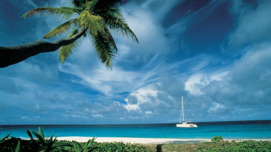 Seychellen - Praslin - New Emerald Cove - Katamarantour