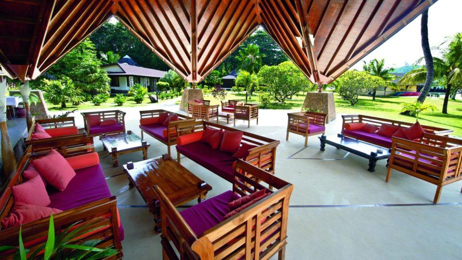 Seychellen - Praslin - New Emerald Cove - Lounge
