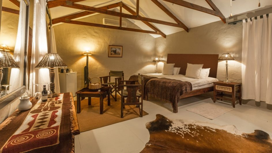 Namibia Mariental Bagatelle Kalahari Game Ranch Savannah Chalet innen