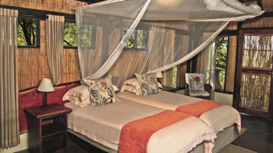 Namibia Caprivi Lianshulu Bush Lodge Zimmer innen