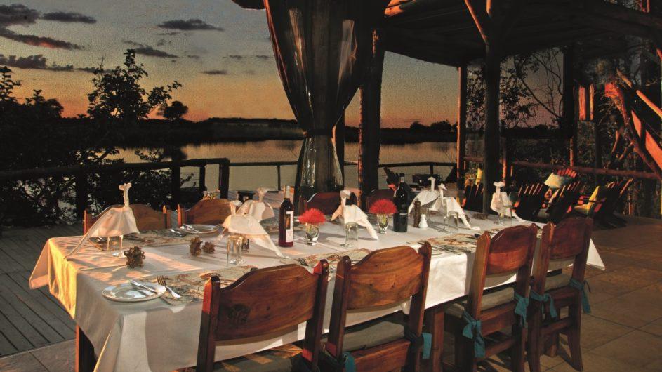 Namibia Caprivi Lianshulu Lodge Dinner