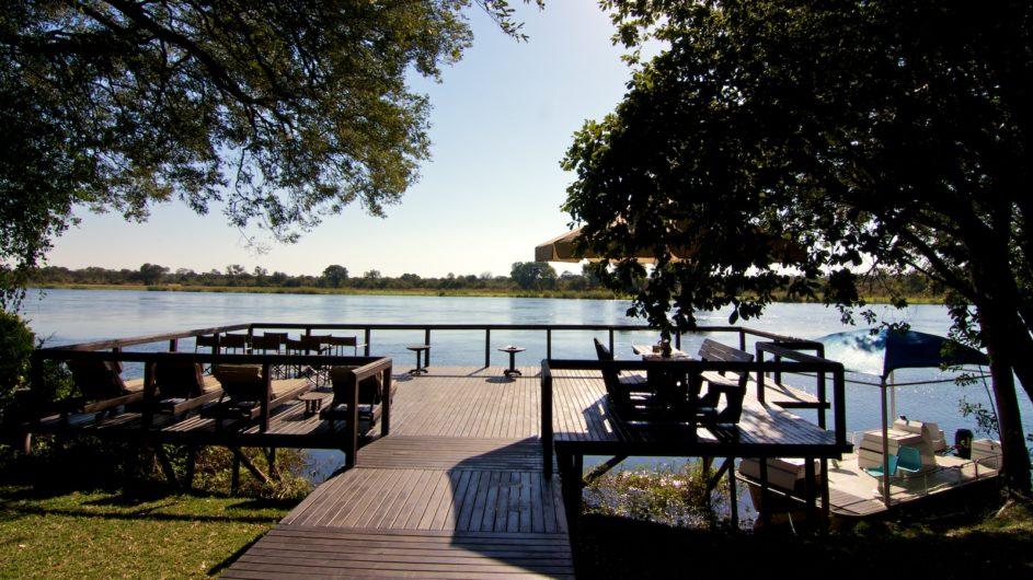 Namibia Caprivi Ndhovu Safari Lodge Terrasse