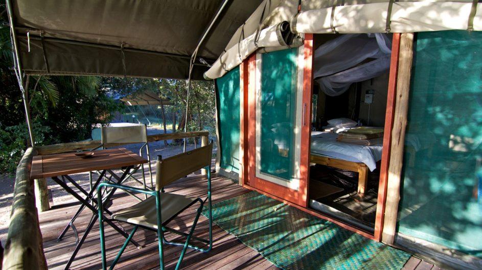 Namibia Caprivi Ndhovu Safari Lodge Zelteingang