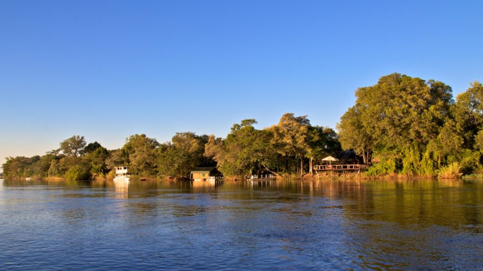 Namibia Caprivi Ndhovu Safari Lodge Ansicht vom Fluss