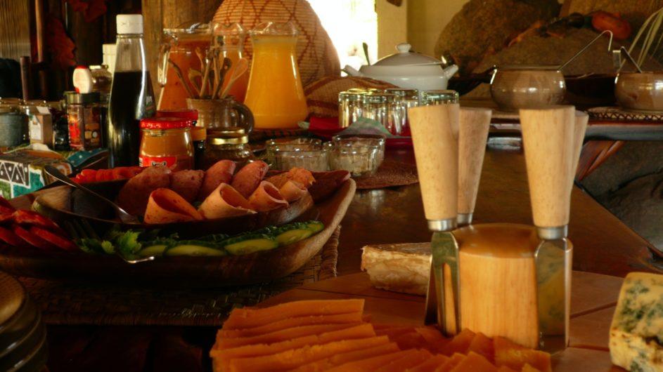 Namibia Damaraland Huab Lodge Frühstück