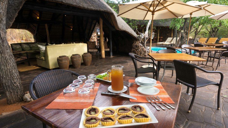 Namibia Etosha Nationalpark Ongava Tented Camp Frühstück
