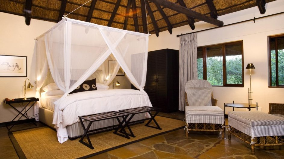 Namibia Etosha Nationalpark Mushara Lodge Zimmer innen