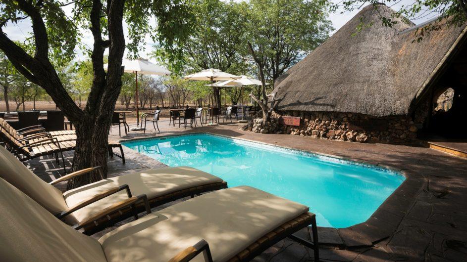 Namibia Etosha Nationalpark Ongava Tented Camp Pool