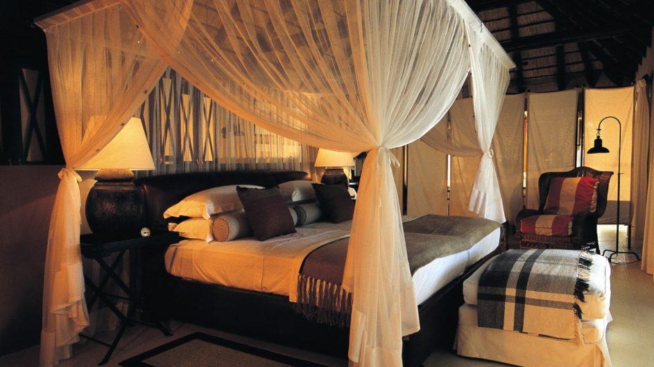 Namibia Etosha Nationalpark Villa Mushara Schlafzimmer