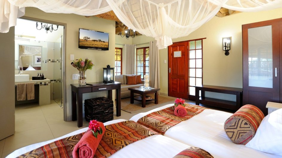 Namibia Frans Indongo Lodge Bungalow innen