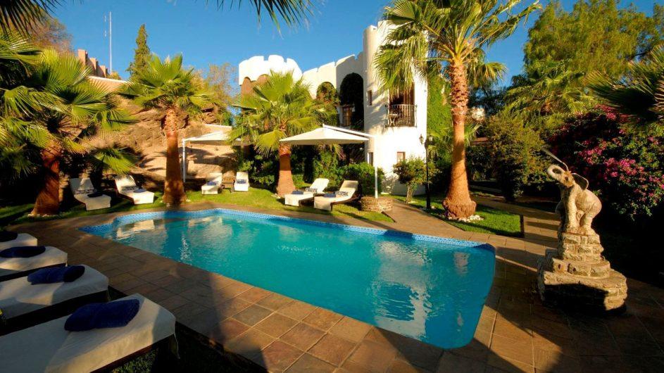 Namibia Windhoek Hotel Heinitzburg Pool