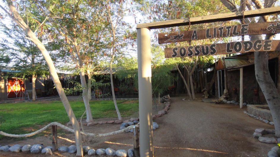 Namibia Sossusvlei A Little Sossus Lodge Eingang