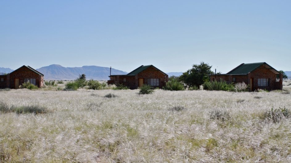 Namibia Sossusvlei A Little Sossus Lodge Zimmer in der Landschaft