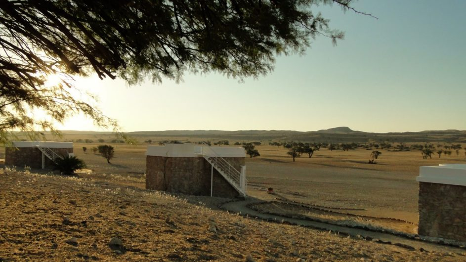 Namibia Namib Tsondap Valley Lodge Zimmer außen