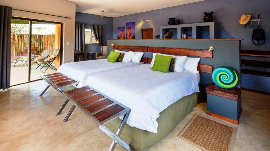 Namibia Okonjima Plains Camp Zimmer innen