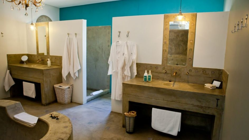 Namibia Olive Grove Windhoek Executive Suite Badezimmer