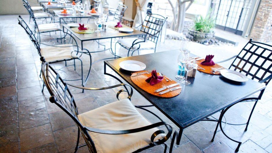 Namibia Olive Grove Windhoek Frühstückszimmer