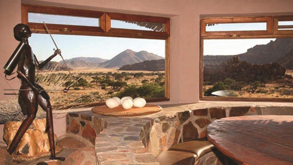 Namibia Tirasberge Ranch Koiimasis Restaurant mit Aussicht