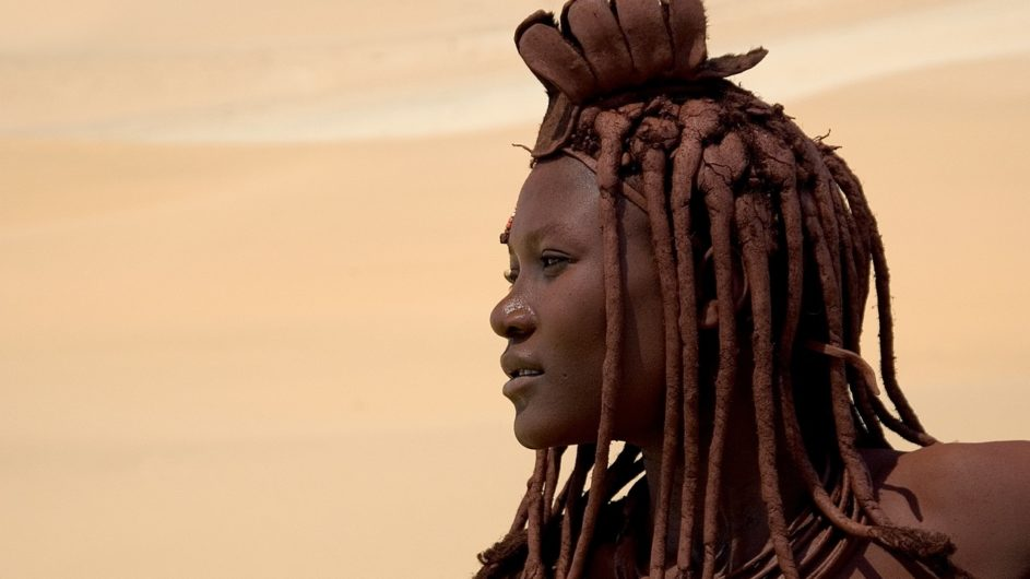 Namibia Serra Cafema Himba Frau